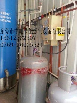 鍋(guo)爐燃燒機裝20KG氣化(hua)爐實